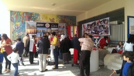 Les égyptiens sont nombreux à l'école, elles ont assuré au niveau nourriture, miam !